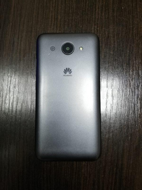 Смартфон Huawei Y3 2018