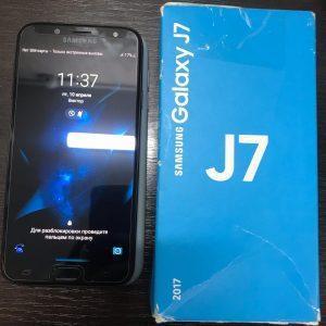 Смартфон Samsung Galaxy J7 (2017) SM-J730FM/DS