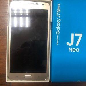 Смартфон Samsung Galaxy J7 Neo 16Gb (2017) SM-J701F/DS